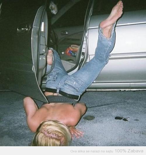 Pijano ljubljenje asfalta